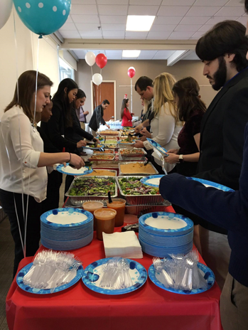 The make-your-own burrito bowls and salads from Cantina La Mexicana made a delicious lunch for students of all appetites and diet restrictions.